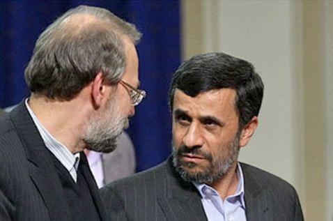 احمدی نژاد حرفهای لاریجانی را «دروغ» خواند