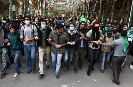«دانشجو در ایران همواره معترض بوده و منتقد»