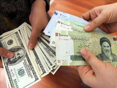 دلار آزاد ۲۰۲۲ تومان شد