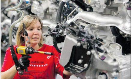 اقتصاد کانادا در سال ۲۰۱۳ درخشان به نظر نمیرسد