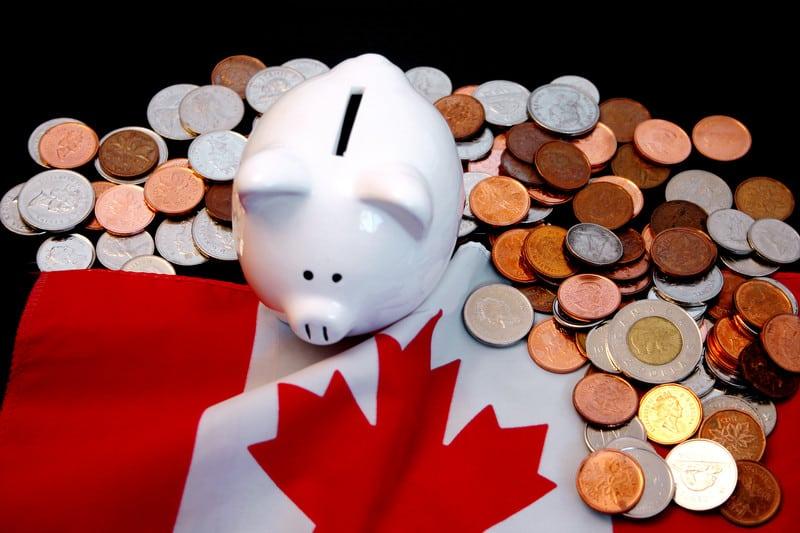 Canadian-money-Piggy-Bank-Can-Stock