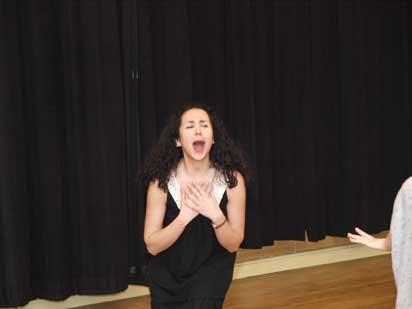 Vanak-Theatre-7 گفتوشنید با مهتاب نصیرپور همراه با عکس
