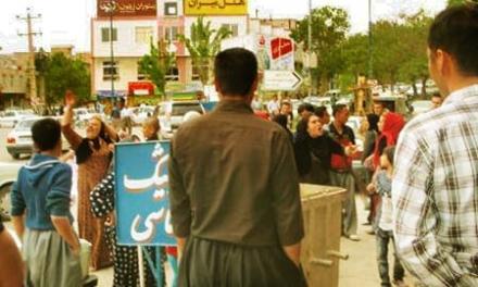 مجازات با لباس زنانه و تشکیل کمپین برای زنان