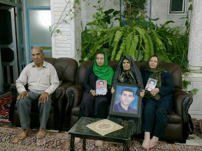 دیدار مادران پارک لاله با خانوادههای زارعیان و توکلی