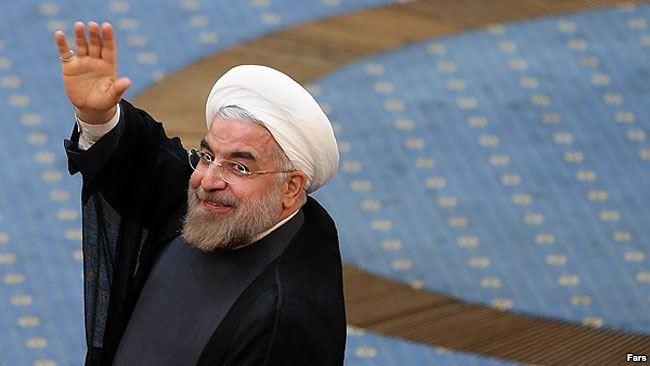 روحانی: صدا و سیما از برخوردهای دوگانه پرهیز کند