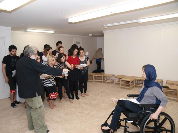 Barkhani-Bizai-108 گزارشی تصویری از تمرینات و آمادهسازی برخوانی نمایش آرش در ونکوور 