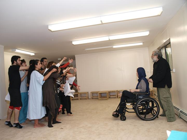 Barkhani-Bizai-114 گزارشی تصویری از تمرینات و آمادهسازی برخوانی نمایش آرش در ونکوور 