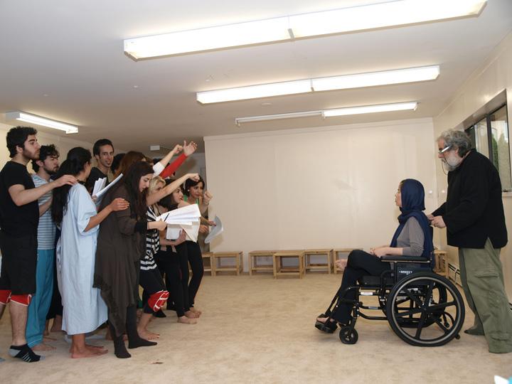 Barkhani-Bizai-115 گزارشی تصویری از تمرینات و آمادهسازی برخوانی نمایش آرش در ونکوور 