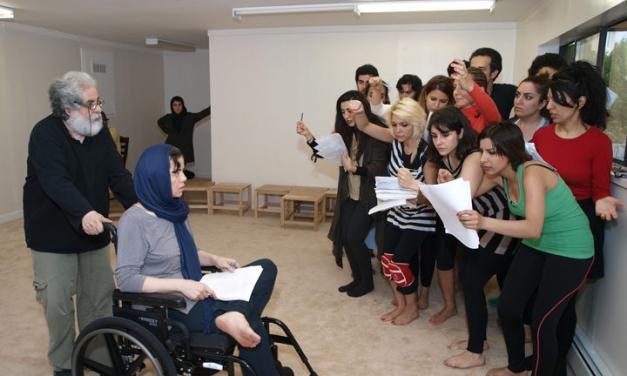 گزارشی تصویری از تمرینات و آمادهسازی برخوانی نمایش آرش در ونکوور 