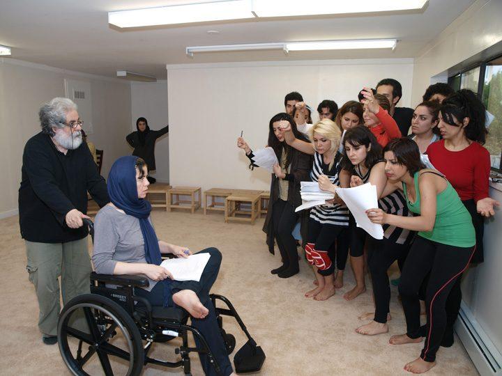 Barkhani-Bizai-118 گزارشی تصویری از تمرینات و آمادهسازی برخوانی نمایش آرش در ونکوور 