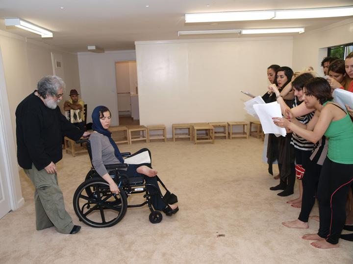 Barkhani-Bizai-125 گزارشی تصویری از تمرینات و آمادهسازی برخوانی نمایش آرش در ونکوور 