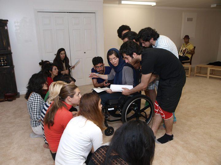 Barkhani-Bizai-151 گزارشی تصویری از تمرینات و آمادهسازی برخوانی نمایش آرش در ونکوور 