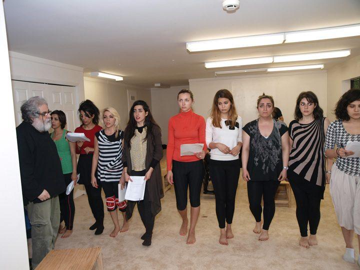 Barkhani-Bizai-28 گزارشی تصویری از تمرینات و آمادهسازی برخوانی نمایش آرش در ونکوور 