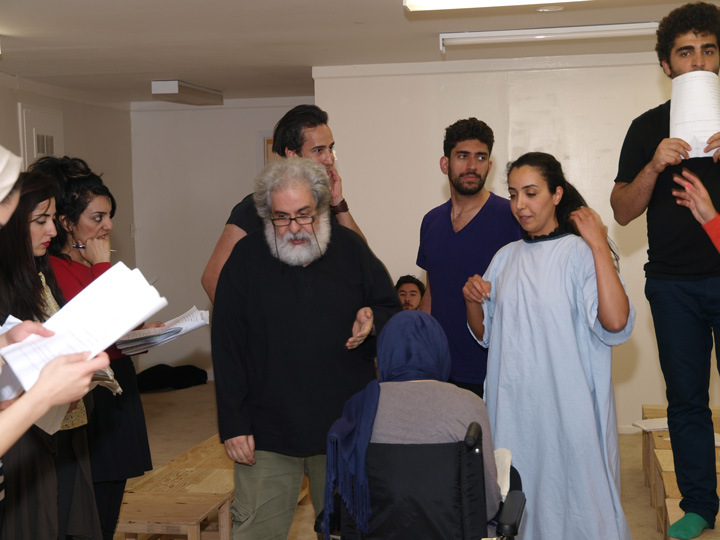 Barkhani-Bizai-35 گزارشی تصویری از تمرینات و آمادهسازی برخوانی نمایش آرش در ونکوور 