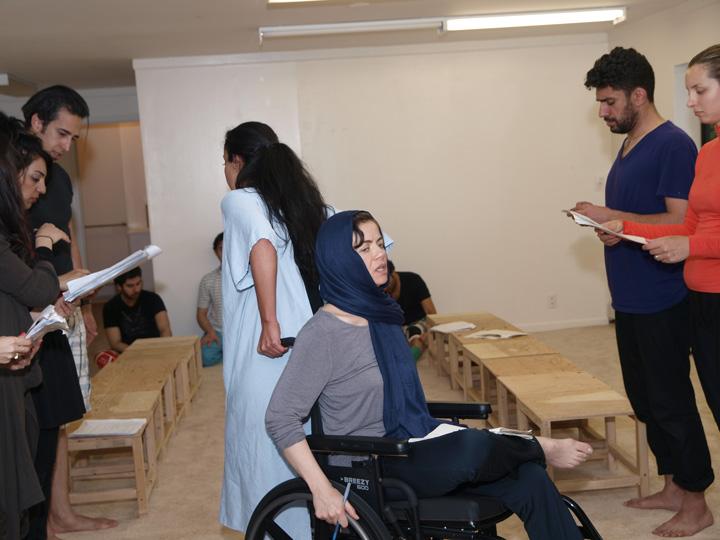 Barkhani-Bizai-39 گزارشی تصویری از تمرینات و آمادهسازی برخوانی نمایش آرش در ونکوور 