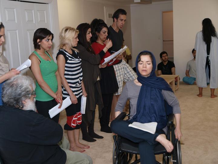 Barkhani-Bizai-43 گزارشی تصویری از تمرینات و آمادهسازی برخوانی نمایش آرش در ونکوور 