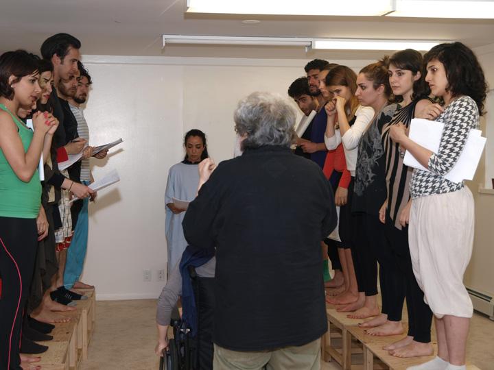 Barkhani-Bizai-46 گزارشی تصویری از تمرینات و آمادهسازی برخوانی نمایش آرش در ونکوور 