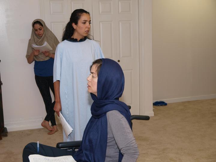 Barkhani-Bizai-79 گزارشی تصویری از تمرینات و آمادهسازی برخوانی نمایش آرش در ونکوور 