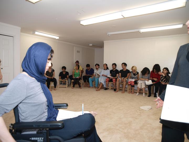Barkhani-Bizai-83 گزارشی تصویری از تمرینات و آمادهسازی برخوانی نمایش آرش در ونکوور 