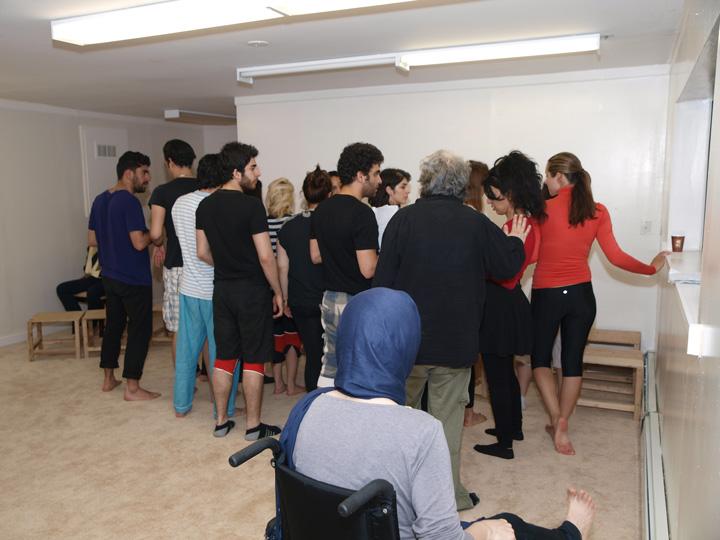 Barkhani-Bizai-89 گزارشی تصویری از تمرینات و آمادهسازی برخوانی نمایش آرش در ونکوور 