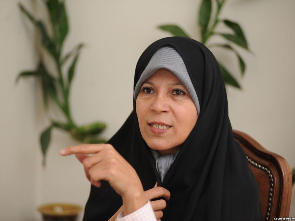 فائزه هاشمی: با ماموريت رد صلاحيت پدرم وارد جلسه شورای نگهبان شدند