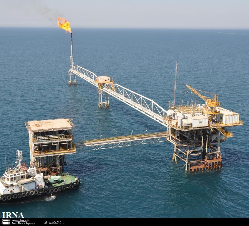 عربستان نیز منابع و سرمایه های ما را به تاراج می برد