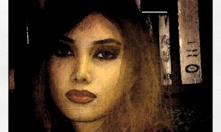 نگاهی به مجموعهی شعر فرار از پلههای اضطراری اثر هنگامه هویدا