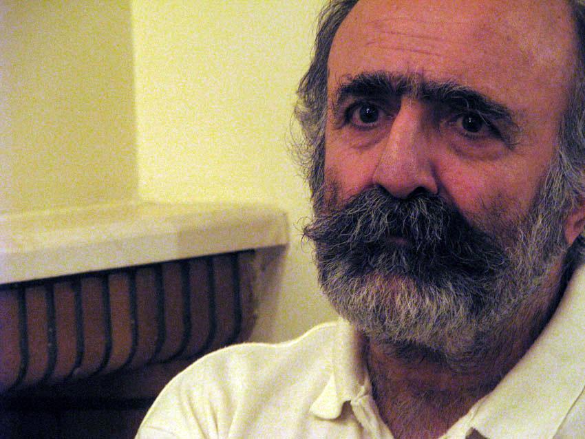 کیوان صمیمی: آزادی بیان بر آزادی زندانیان تقدم دارد
