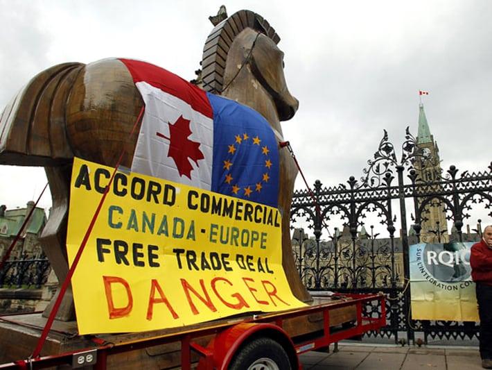 ضیافت شرکتهای اروپایی بر سر سفرهٔ باز کانادا