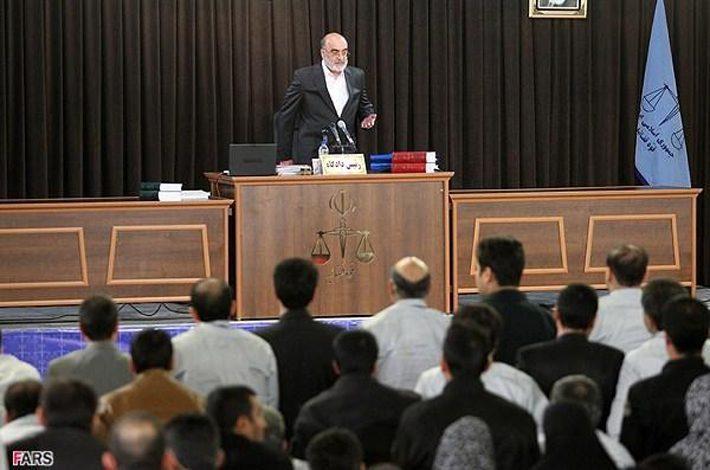 ۱۰نماینده مجلس در پرونده ۳هزارمیلیاردی به دادگاه رفتهاند