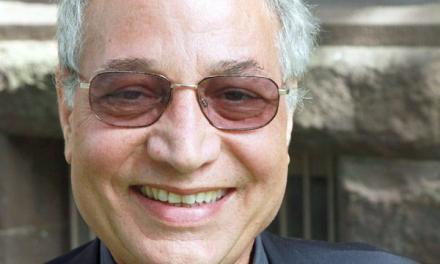 دکتراحمد کريمی حکاک، پژوهشگر ادبيِ تاثيرگذار بر ايرانيان آمريکا و کانادا