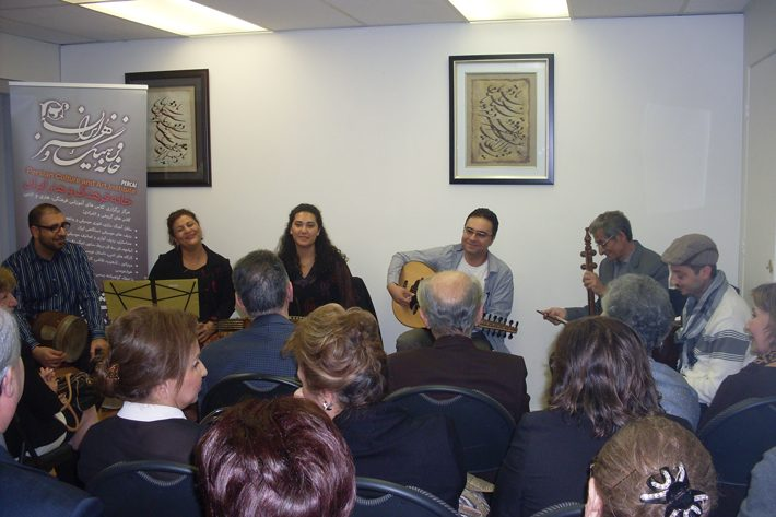 SDC15503 گزارشی از مراسم رونمایی آلبومهای موسیقی نادر گلچین