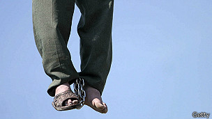 131023023732_iran_hanging_304x171_getty