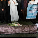 hemmat-khahi-10-457-150x150 پیکر علیشاه مولوی با شعرخوانی و آواز خوانی به خاک سپرده شد