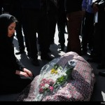 hemmat-khahi-11-435-150x150 پیکر علیشاه مولوی با شعرخوانی و آواز خوانی به خاک سپرده شد