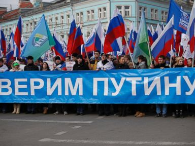 AP_russia_crimea_protests_1_jt_140315_4x3t_384