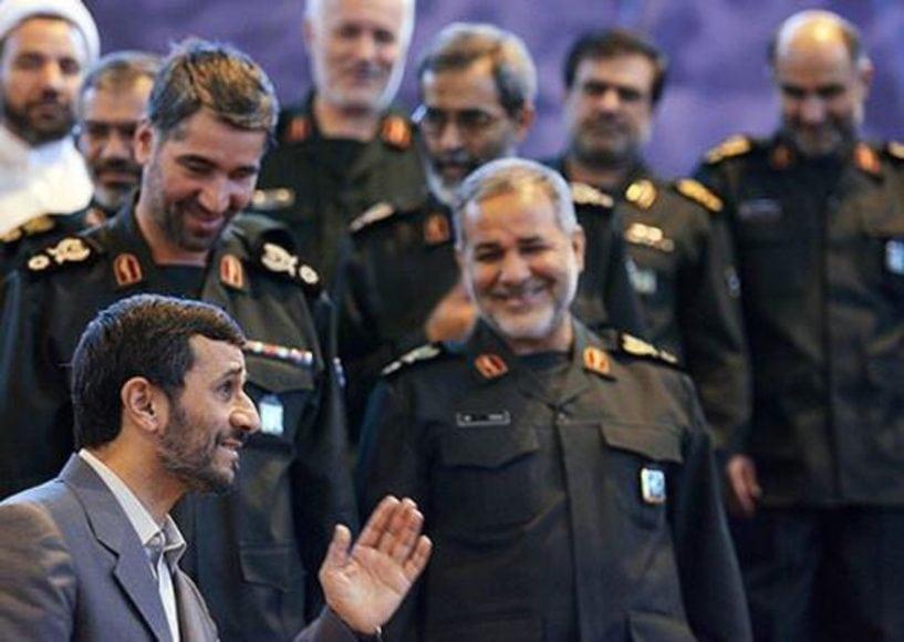 نفت ایران: مرغِ عزا و عروسی!