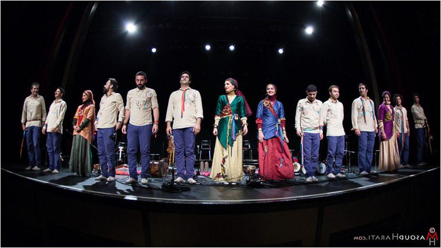 صحنههایی از کنسرت گروه موسیقی رستاک در ونکوور به روایت مسعود هراتی