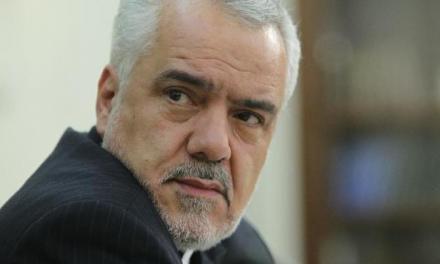 وکیل رحیمی: او به ۱۷۰ نفر از نمایندگان اصولگرای مجلس پول دادهاست