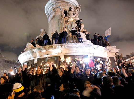 rs_560x415-150107151142-1024.Protests-Paris-Charlie-Hebdo.jl.010715