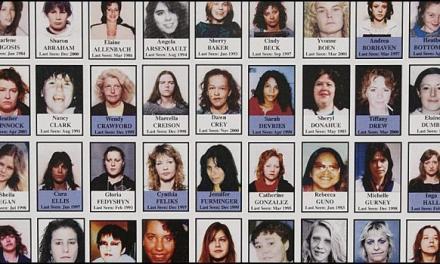 پورت کوکیتلام به یاد زنان به قتل رسیده باغ یادبود میسازد