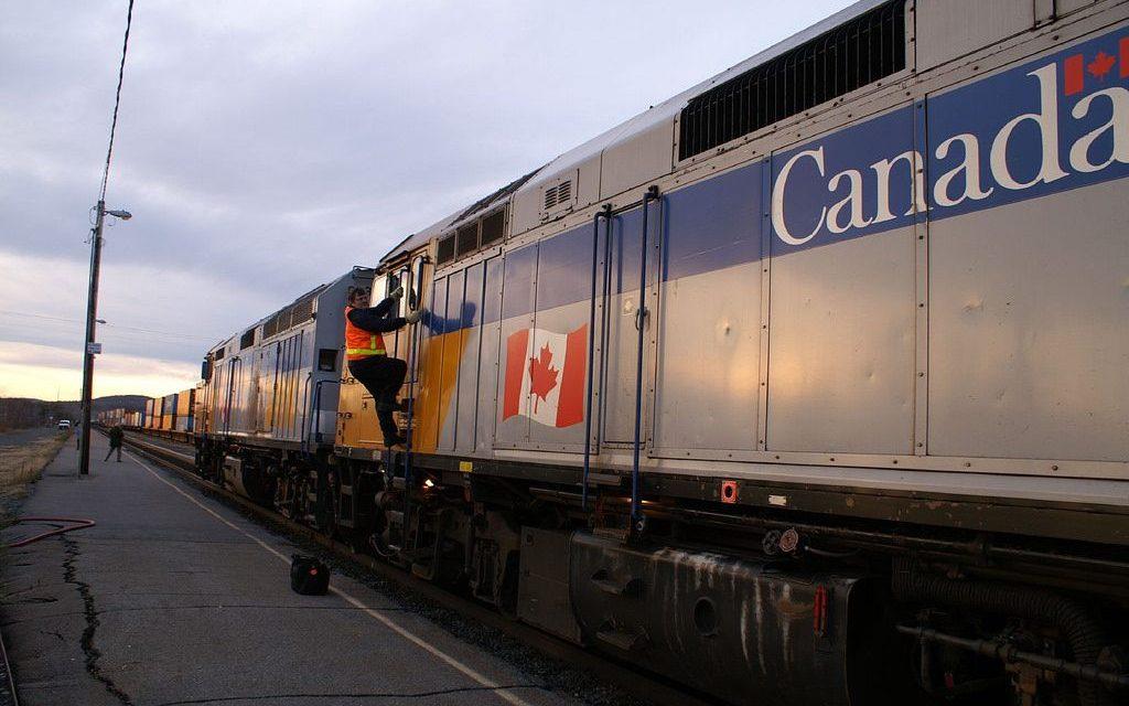سایه اعتصاب از سر راهآهن کانادا گذشت