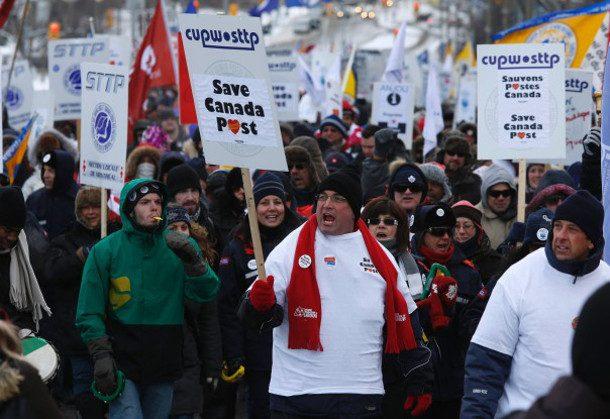 کارگران پست کانادا در گذر از یک مرحلهی تاریخی