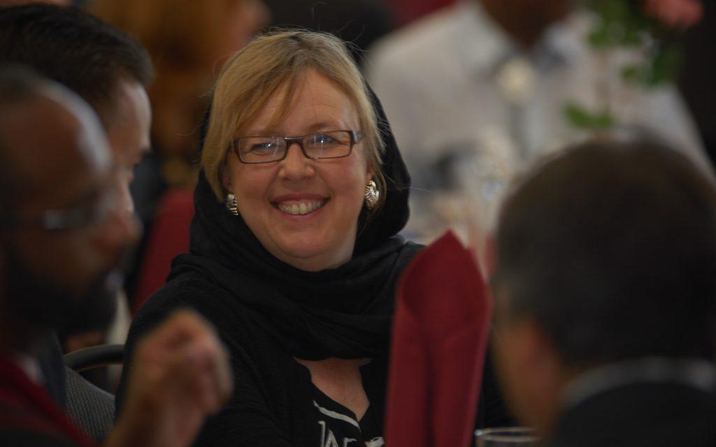 الیزابت مِی رو در روی حزب سبزهای کانادا: اختلاف بر سر تحریم اسراییل