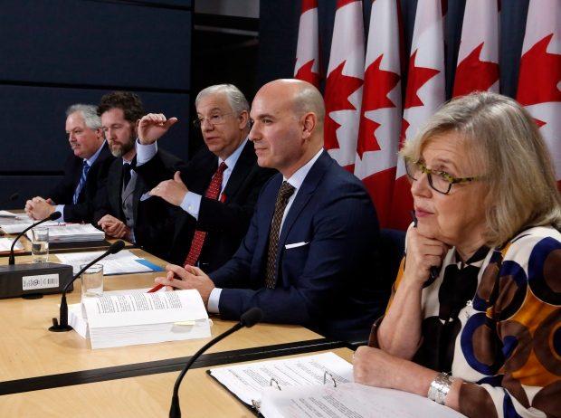 آینده نظام انتخاباتی کانادا در ابهام؛