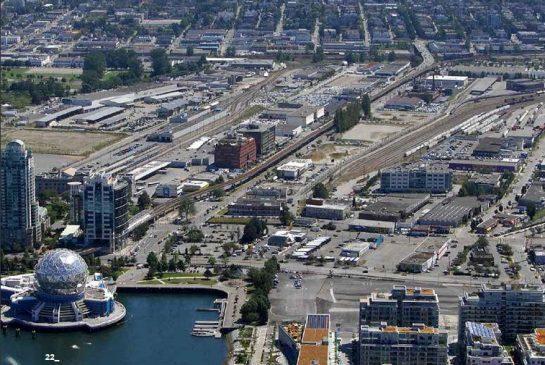 دو طرح بزرگ ونکوور: طرح توسعه فرودگاه و فالس کریک فلتز