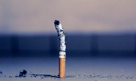 کمپین وزیر بهداشت: افزایش سن قانونی خرید سیگار به ۲۱ سال