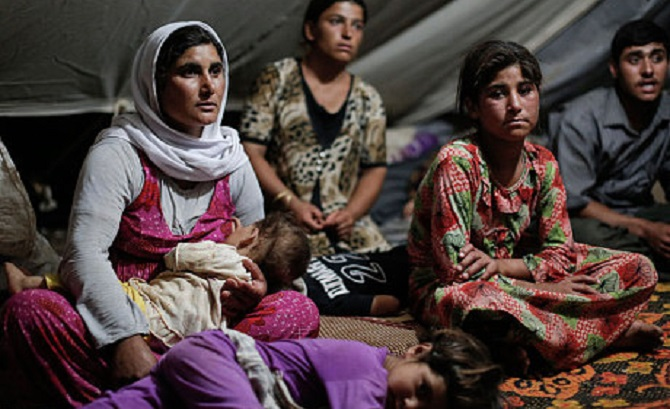 Iraq-refuge-camp5_3007333c