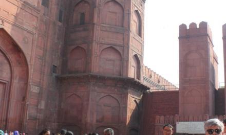 قلعه ی سرخِ دهلی  در معرض تجاوزات تاریخی