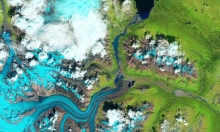 تصویرهای ناسا: تغییرات اقلیمی و دزدی یک رودخانه در یوکان